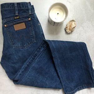 Wrangler • vintage blue straight mom jeans